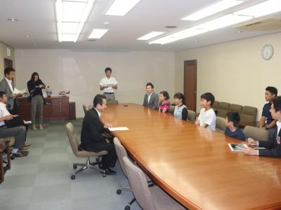 9月度 鈴木康友名誉団長へ、はままつ少年の船の報告